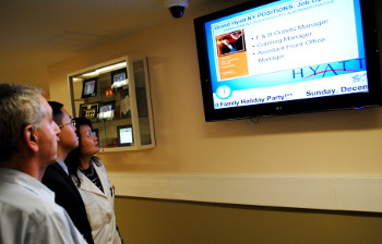 hotel digital signage for employee communications